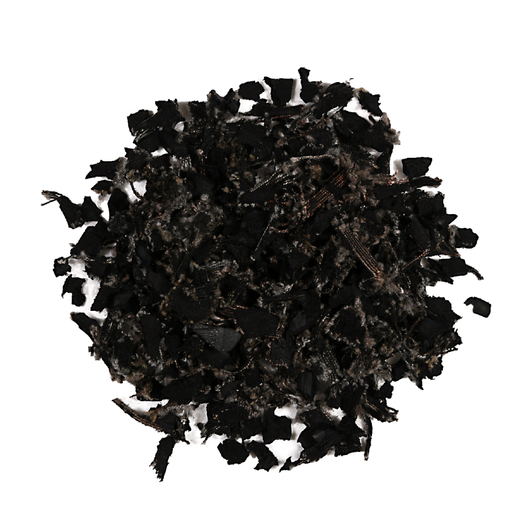 small pile of unpainted rubber mulch